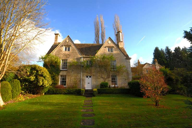 5 Bedrooms Detached House for sale in Cheltenham Road, Stroud, GL6