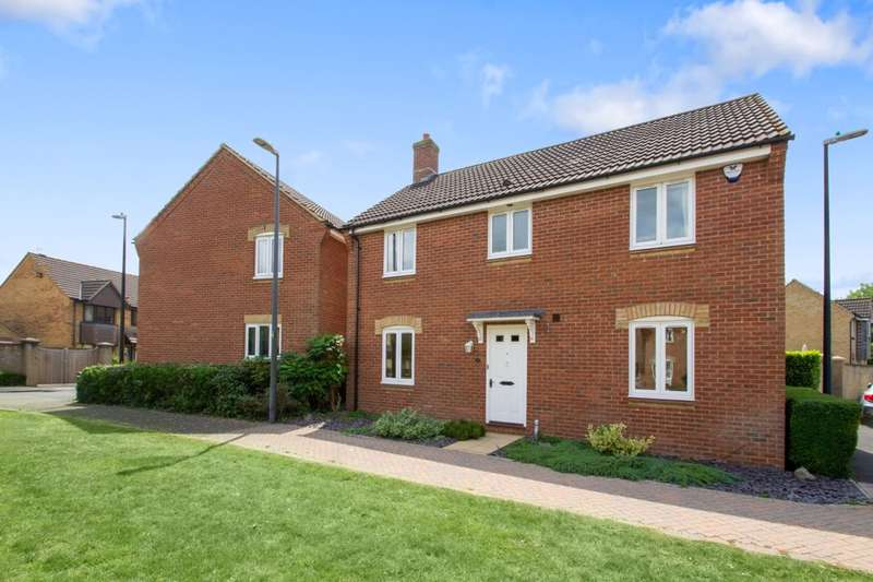 4 Bedrooms Detached House for sale in Shaw Close, Mangotsfield, Bristol, BS16