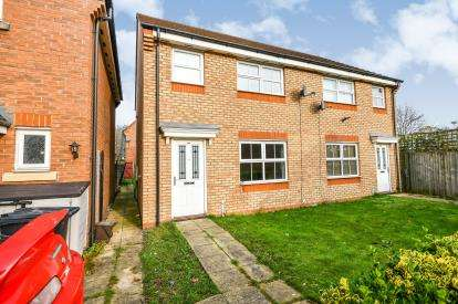 3 Bedrooms Semi Detached House for sale in St. David Drive, Wednesbury