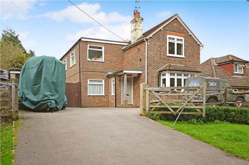 4 Bedrooms Property for sale in Clammer Hill Road, Haslemere