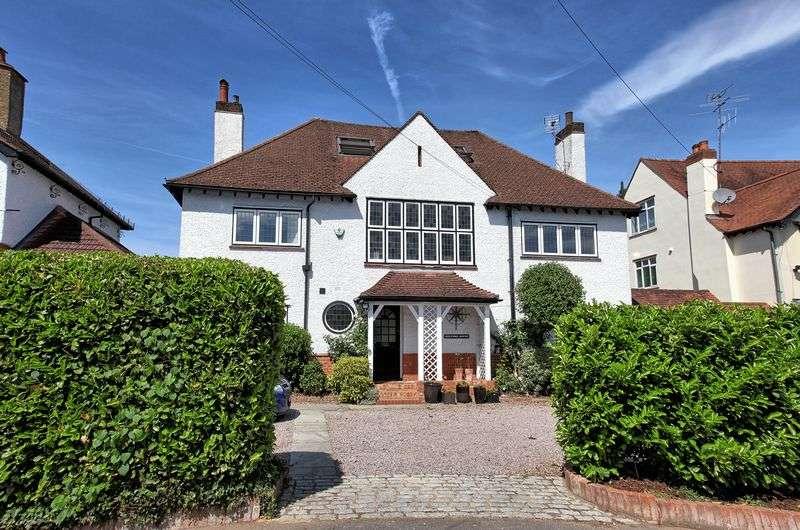 5 Bedrooms Property for sale in Kingsway, Gerrards Cross