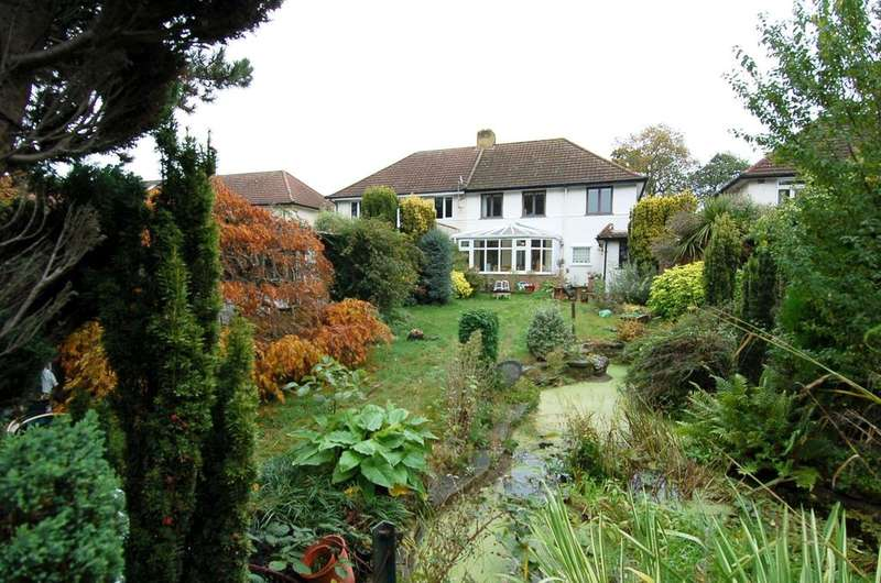 3 Bedrooms Semi Detached House for sale in HANWORTH PARK