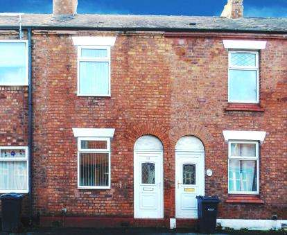 2 Bedrooms Terraced House for sale in Well Street, Winsford, Cheshire