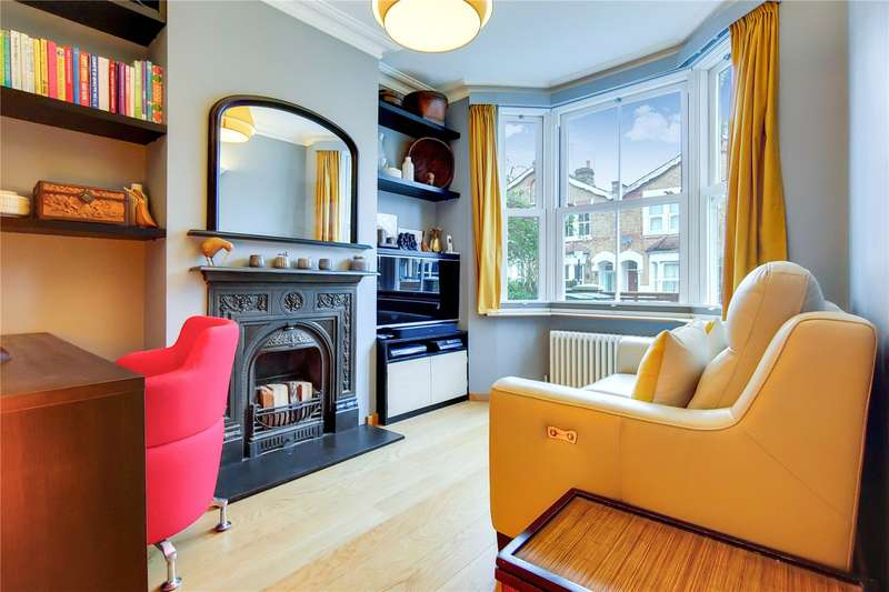 3 Bedrooms Property for sale in Richmond Road, London