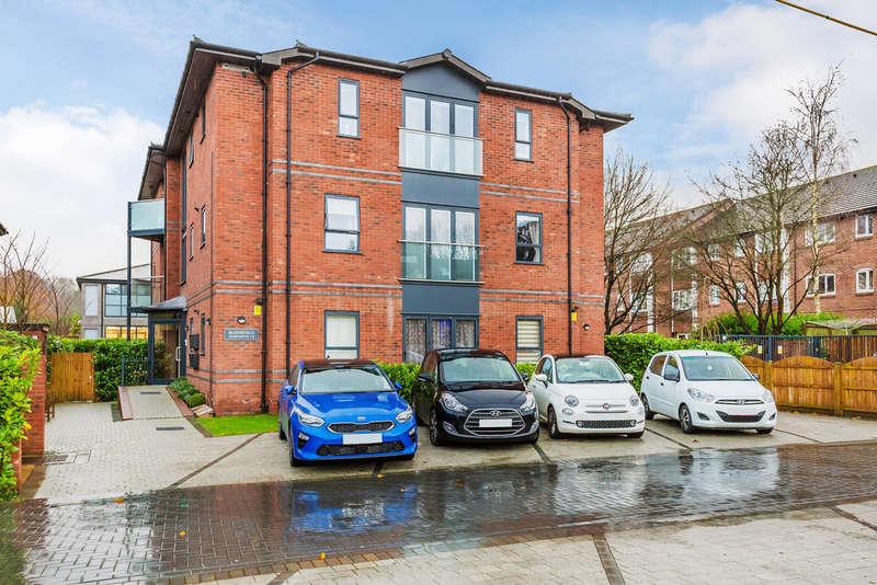 2 Bedrooms Ground Flat for sale in Hortons Way, Westerham, TN16