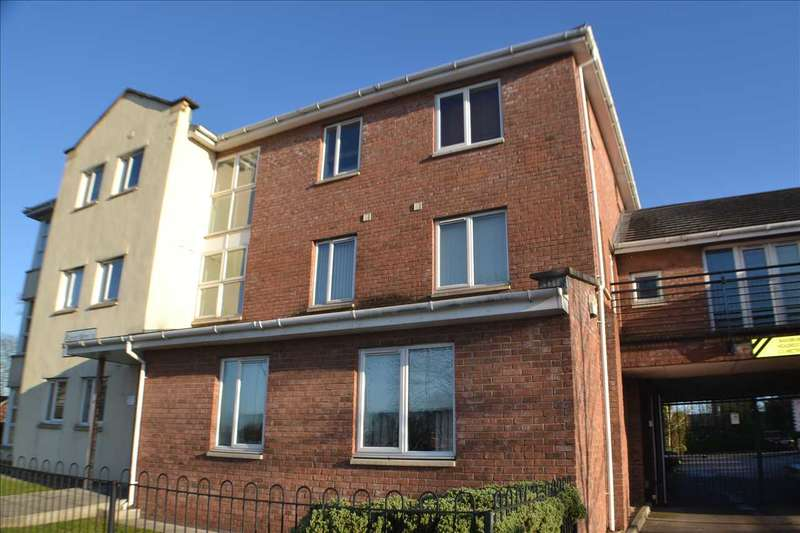 2 Bedrooms Apartment Flat for sale in New William Close, Partington, Manchester