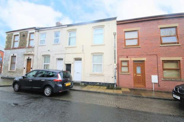 3 Bedrooms Terraced House for sale in Trafford Street, Preston, PR1