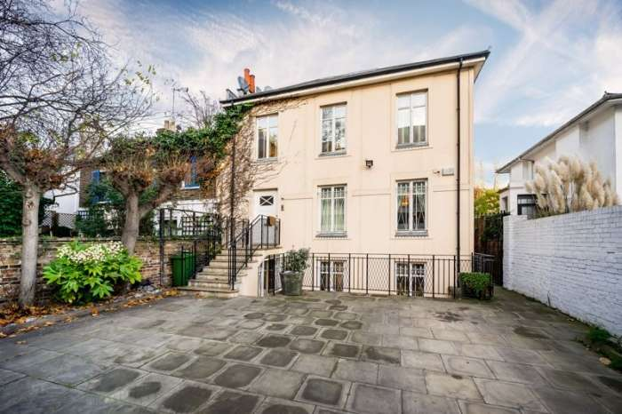 5 Bedrooms Semi Detached House for sale in St Johns Wood, London, NW8
