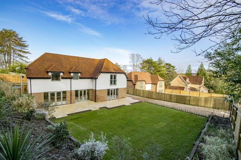 4 Bedrooms Detached House for sale in Wantage Road, Streatley, RG8