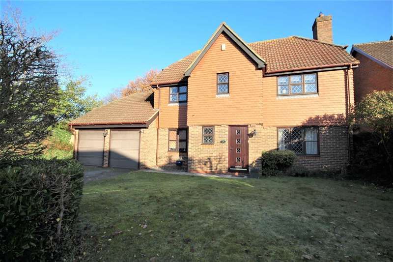 4 Bedrooms Detached House for rent in Goughs Lane, Warfield