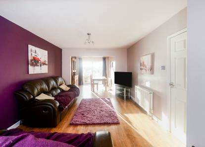 3 Bedrooms Semi Detached House for sale in Buckfastleigh, Devon
