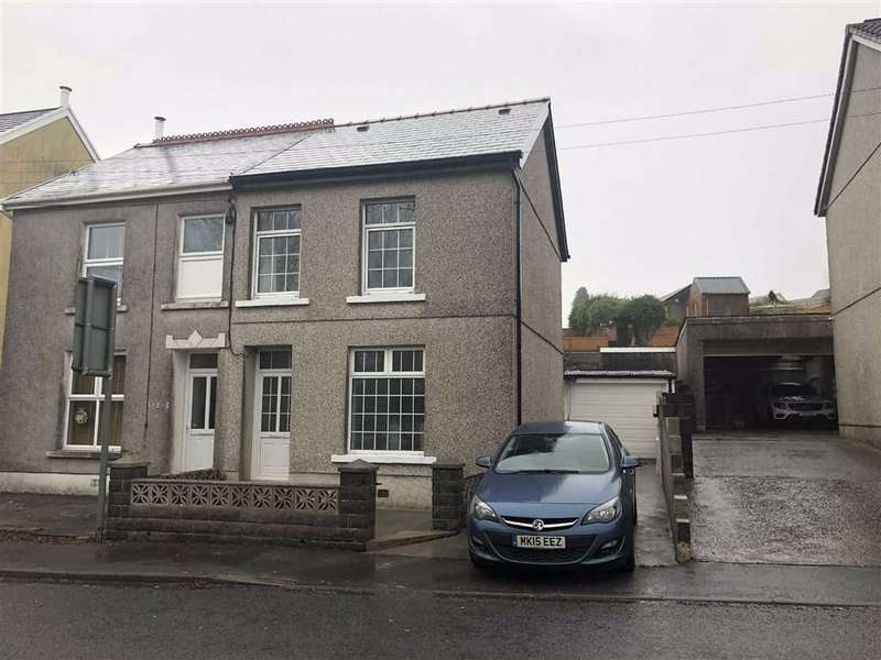 2 Bedrooms Semi Detached House for sale in Heol Y Bryn, Upper Tumble, Llanelli