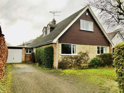 4 Bedrooms Bungalow for sale in Andrew Crescent, Chester, Cheshire, CH4