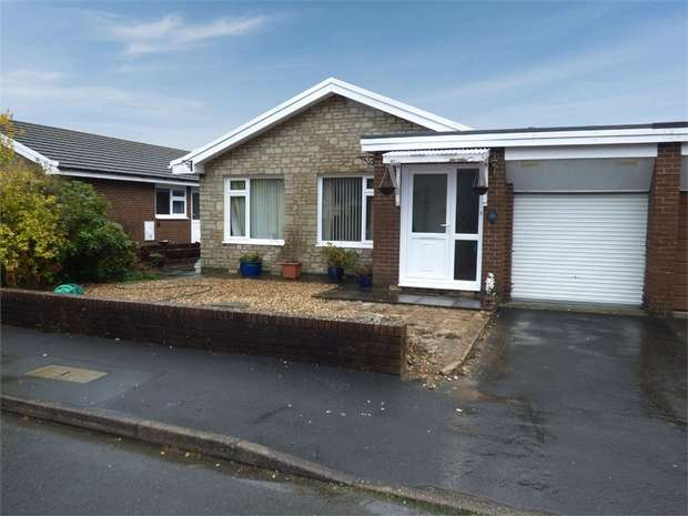 2 Bedrooms Semi Detached Bungalow for sale in Glandwr Park, Builth Wells, Powys