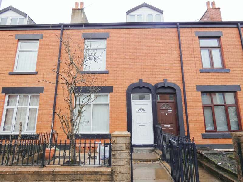 5 Bedrooms Terraced House for sale in King Street South, Rochdale, Greater Manchester, OL11