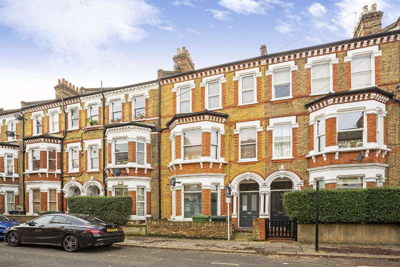 2 Bedrooms Flat for sale in Tremadoc Road, Clapham, London