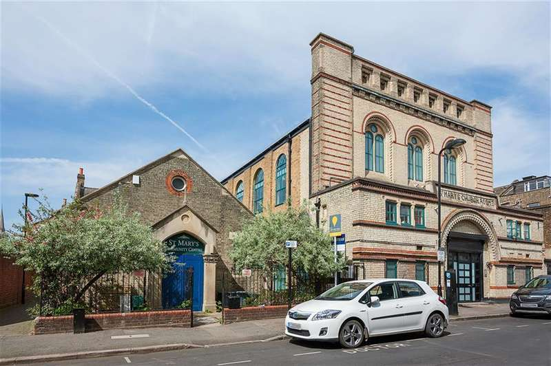 2 Bedrooms Ground Flat for sale in St. Mary's Court, Defoe Road, London, N16