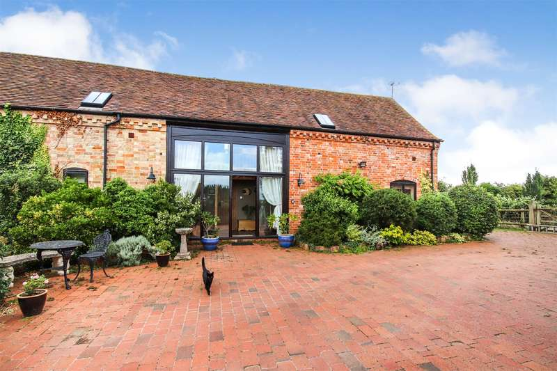 4 Bedrooms Barn Conversion Character Property for sale in Sandfield Lane, Sedgeberrow, Evesham, Worcestershire, WR11