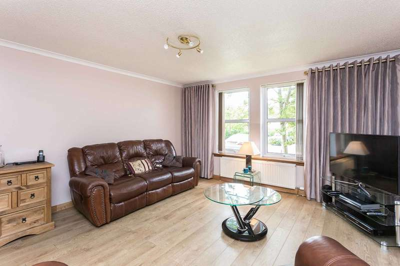 2 Bedrooms Ground Flat for sale in Millside Drive, Peterculter, Aberdeen, AB14 0WH