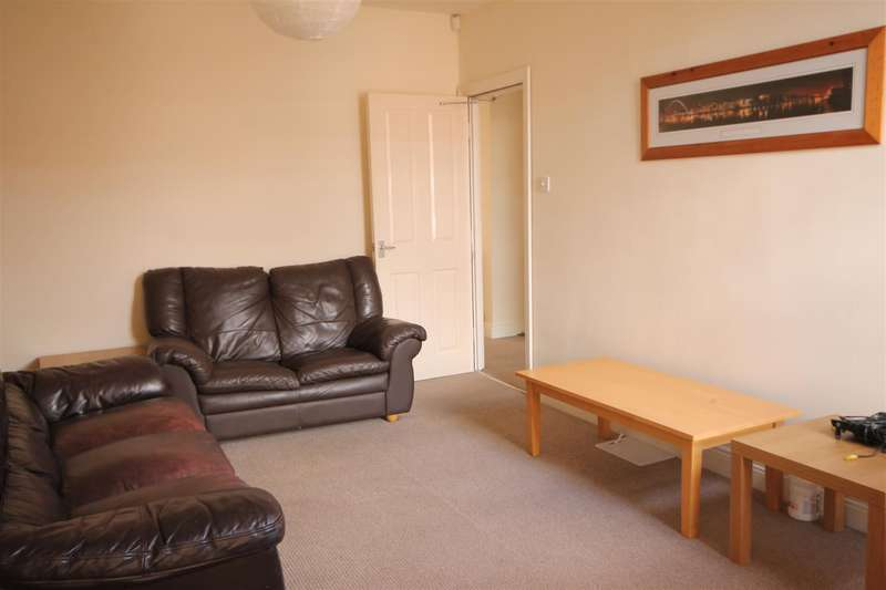 5 Bedrooms Maisonette Flat for rent in Audley Road, Gosforth
