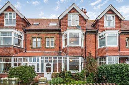 4 Bedrooms Terraced House for sale in Victoria Terrace, Robin Hoods Bay, Whitby, North Yorkshire