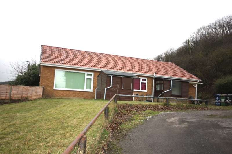 2 Bedrooms Detached Bungalow for sale in Mill Lane, Skinningrove, Saltburn-By-The-Sea, TS13