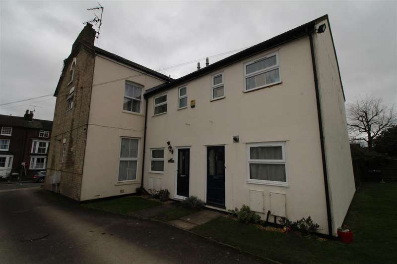 2 Bedrooms Property for rent in Icknield Street, Dunstable