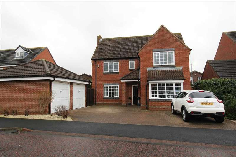 4 Bedrooms Detached House for sale in Lodsworth Drive, Southfield Gardens, Cramlington