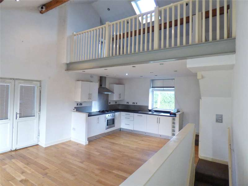 2 Bedrooms End Of Terrace House for sale in Bankfield Street, Bacup, Lancashire, OL13
