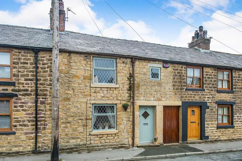 3 Bedrooms House for sale in Higher Road, Longridge, Preston, Lancashire, PR3