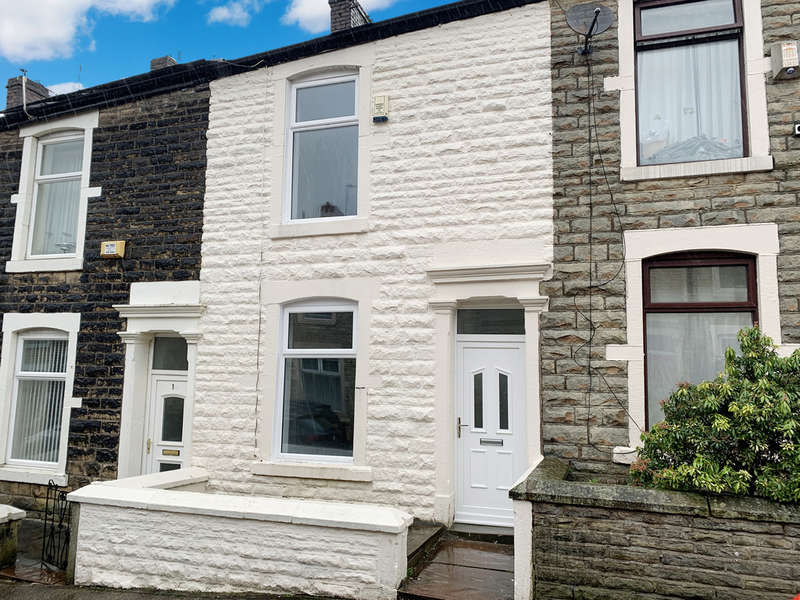 3 Bedrooms Terraced House for sale in Cavendish Street, Darwen