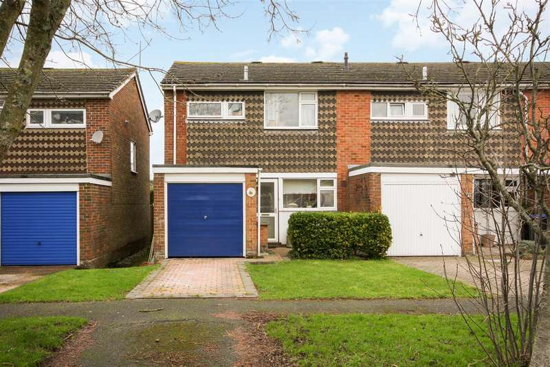 3 Bedrooms Semi Detached House for sale in Stafford Way, Hassocks
