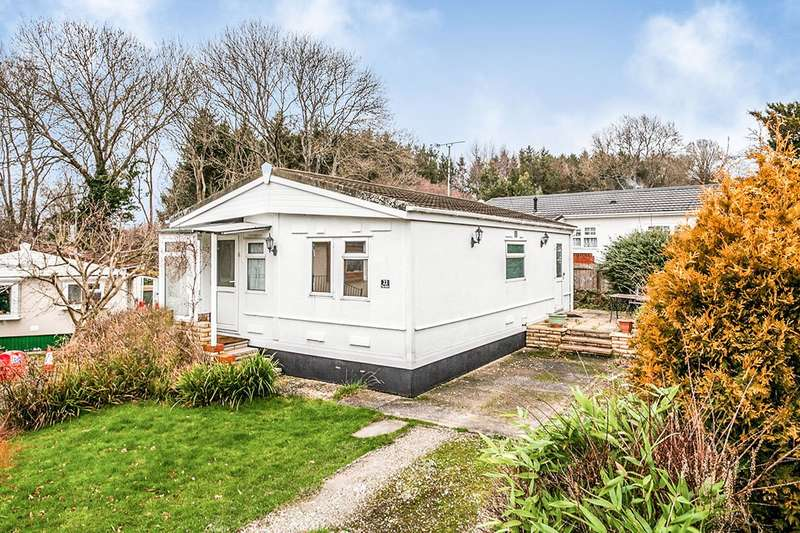 1 Bedroom Park Home Mobile Home for sale in The Drive, Hedge Barton, Fordcombe, Tunbridge Wells, TN3