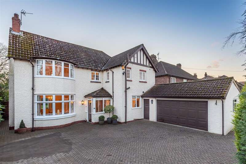 4 Bedrooms Detached House for sale in 49 Middlecave Road, Malton, YO17 7NQ