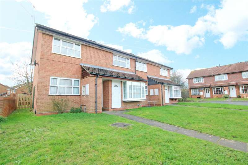 2 Bedrooms Maisonette Flat for sale in Armstrong Way, Woodley, Reading, Berkshire, RG5