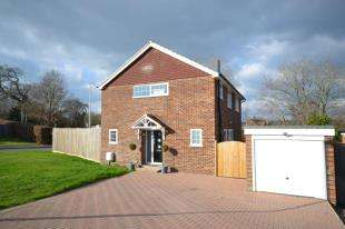 4 Bedrooms Detached House for sale in Scotts Way, Tunbridge Wells, Kent