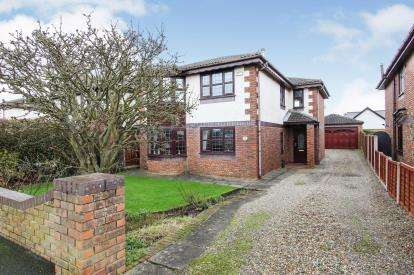 4 Bedrooms Detached House for sale in Appealing Lane, Lytham St Anne's, Lancashire, FY8