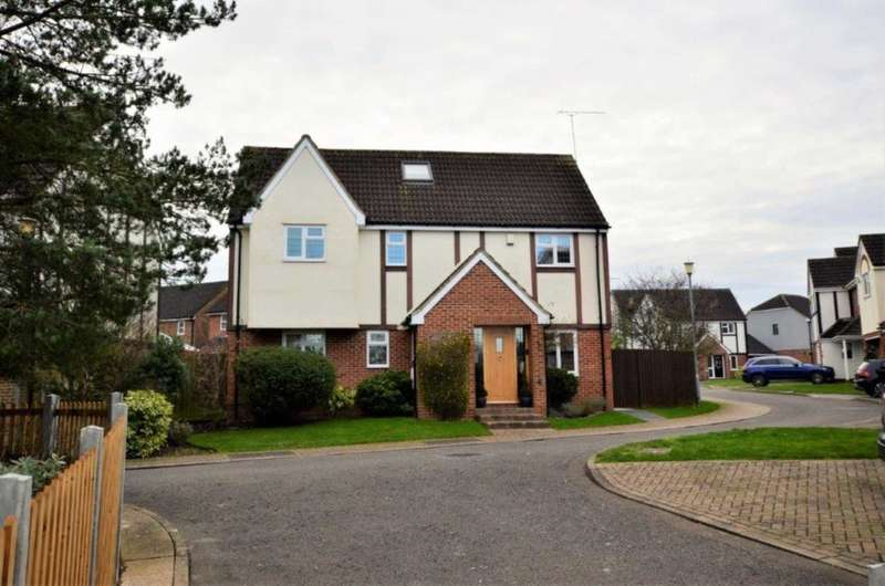 5 Bedrooms Detached House for sale in Lampern Mews, Billericay