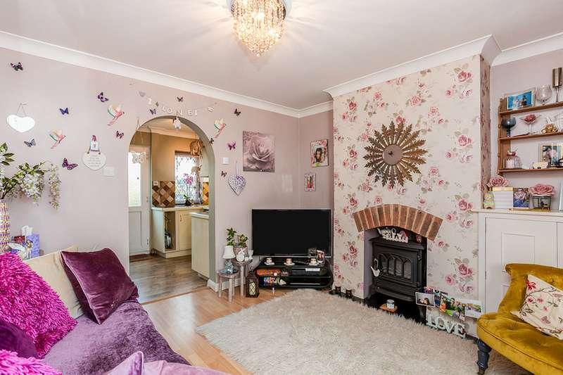 2 Bedrooms House for sale in Henwood Green Road, Pembury, Tunbridge Wells, Kent, TN2