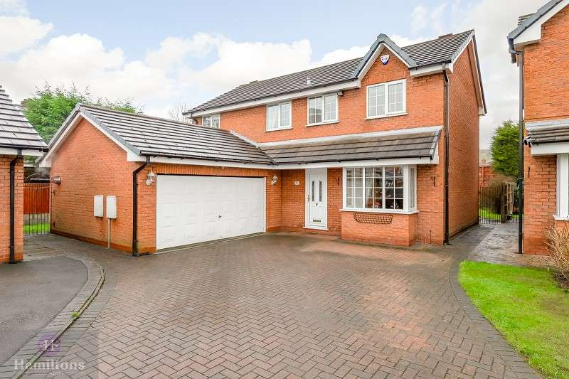 4 Bedrooms Detached House for sale in Harts Farm Mews, Leigh, Greater Manchester. WN7 1UD