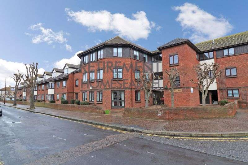 1 Bedroom Property for sale in Martins Court, Southend-on-Sea, SS2 5DH