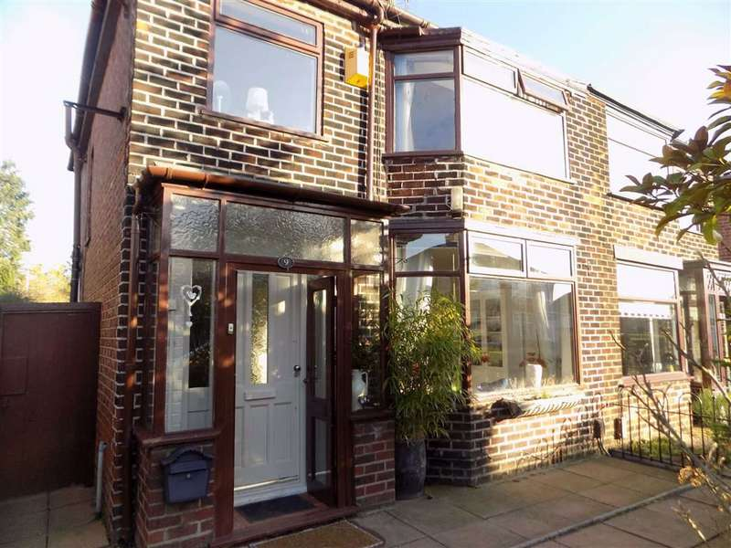 3 Bedrooms Semi Detached House for sale in Havers Road, Manchester
