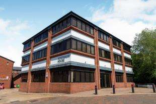 1 Bedroom Flat for sale in Riverbank House, Angel Walk, Tonbridge, Kent