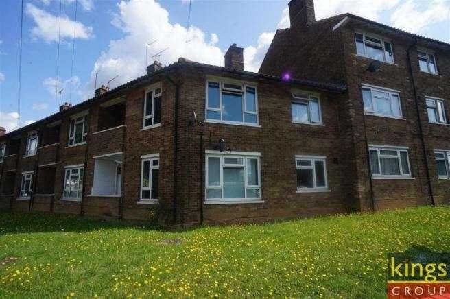1 Bedroom Studio Flat for sale in Cherrydown Avenue, Chingford , London, Greater London, E4 8DP