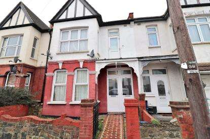 5 Bedrooms Terraced House for sale in Westcliff-on-Sea, Essex