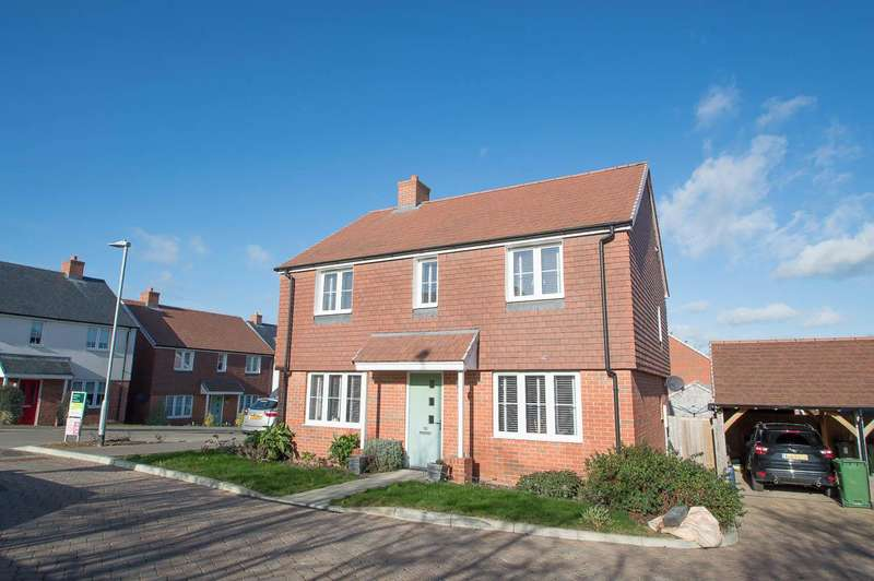 4 Bedrooms Detached House for sale in Wood Sage Way, Stone Cross, Pevensey