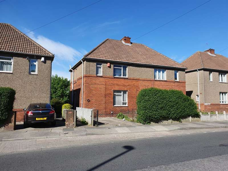 3 Bedrooms Semi Detached House for sale in Pendower Way, Pendower, Newcastle upon Tyne