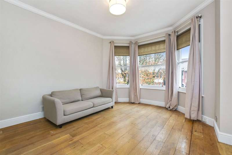 2 Bedrooms Flat for sale in Teignmouth Road, London, NW2