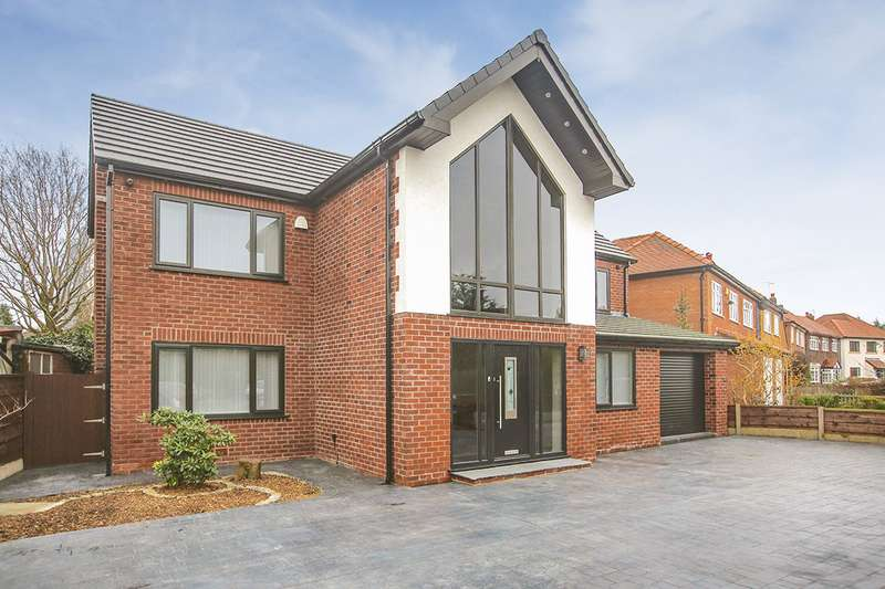 4 Bedrooms Detached House for sale in Daylesford Crescent, Cheadle, Cheshire, SK8