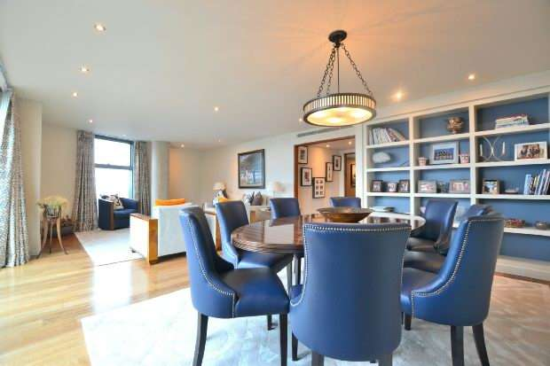 2 Bedrooms Apartment Flat for sale in West Tower, Brook Street, Liverpool